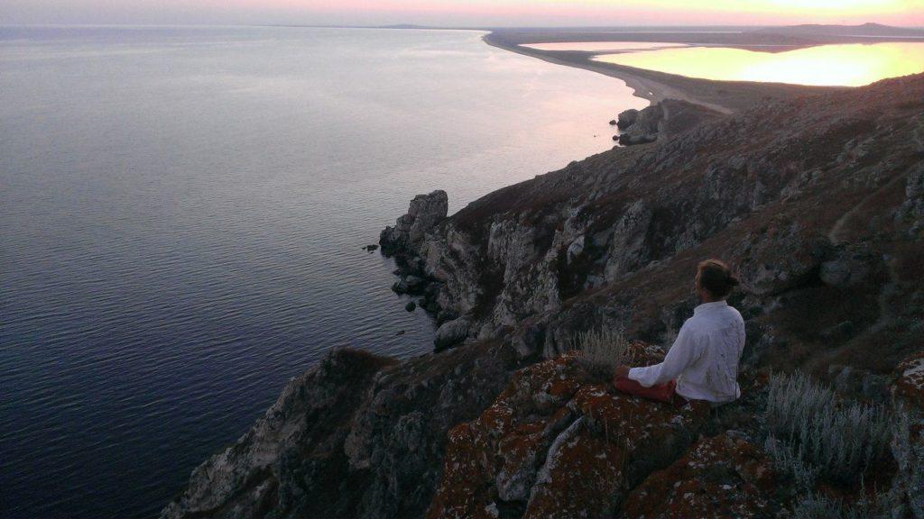 Вид на Кояшское озеро с горы Опук