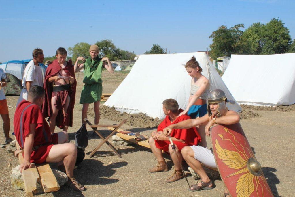 Римский военный лагерь на территории полевой базы фонда